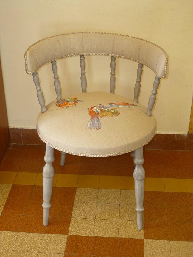 Adrom, formation tapisserie, exposition Morainvilliers, petit fauteuil, peinture sur lin