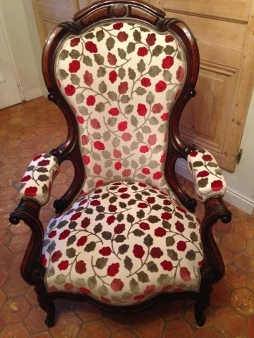 Adrom, formation tapisserie, galerie des élèves, fauteuil Louis Philippe