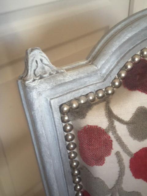 Adrom, formation tapisserie, galerie atelier, détail dossier