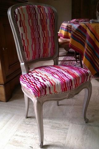 Adrom, formation tapisserie, galerie des élèves, chaise Louis XV