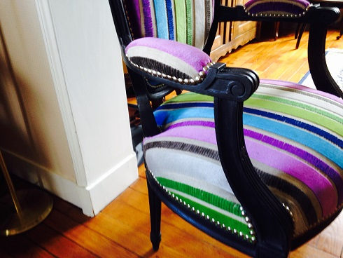Adrom, formation tapisserie, galerie fauteuil du mois, avril 2018, fauteuil style Louis XVI
