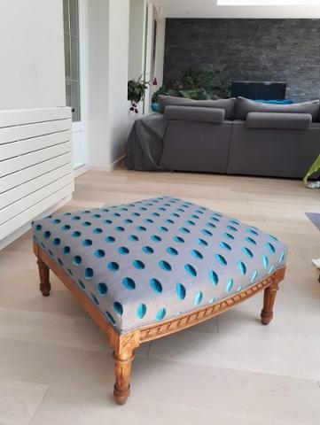 Adrom, formation tapisserie, galerie tous les fauteuils de juin 2018, pouf